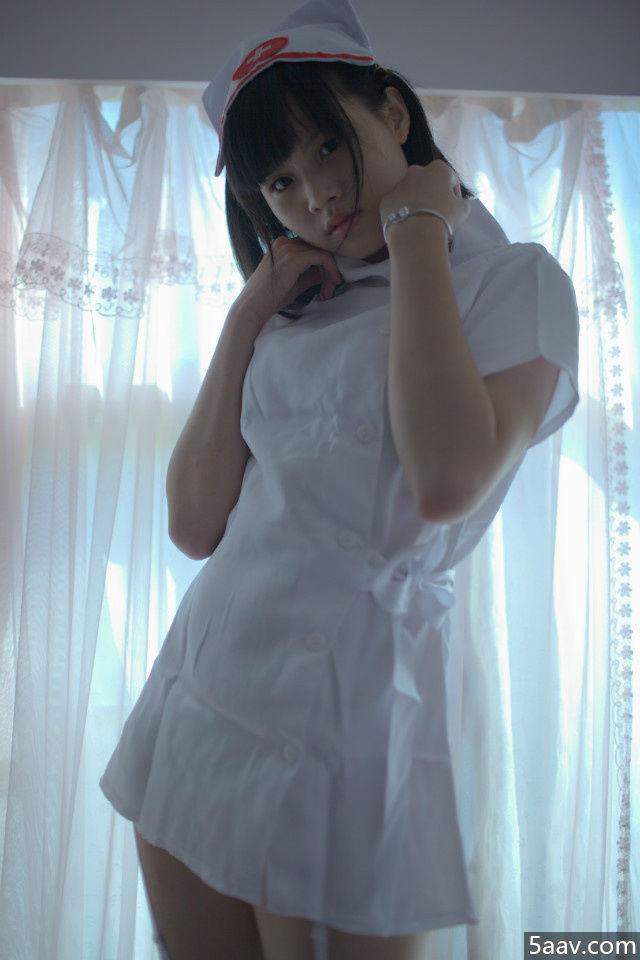 清纯小护士走光啦 - 清纯妹子