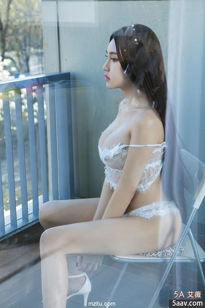 纤腰豪乳湿身魅惑 满族风情美女尤物叶赫那拉信悦妩媚动人柔情似水